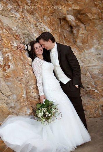 wedding dresses Archives - MoMoMod - Modest Style Blog | Modest ...