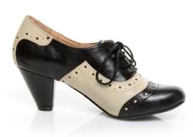 Chelsea Crew Jenny Oxford Mid Heel Shoes $70